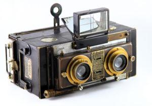Fotocamera stereosocpica